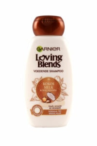 Loving Blends Shampoo Kokos Melk & Macadaia, 250 ml